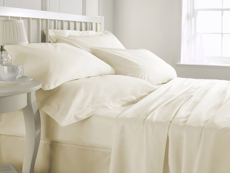 Pure Cotton 200 TC Fitted Sheet in Cream