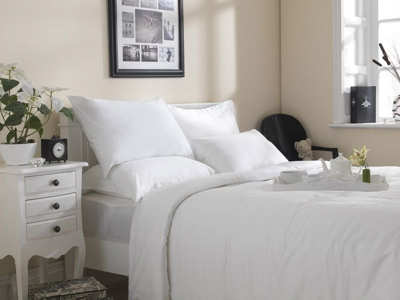 Premium White Linen Range - 20 or 30 Twill Pattern 100% Cotton Fitted Sheets