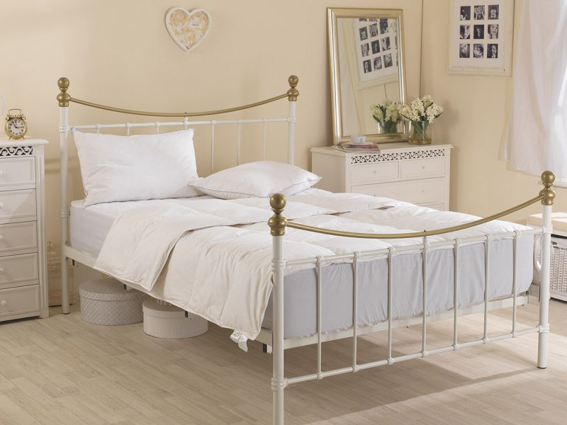 4.5 Tog Goose Feather And Down Duvet