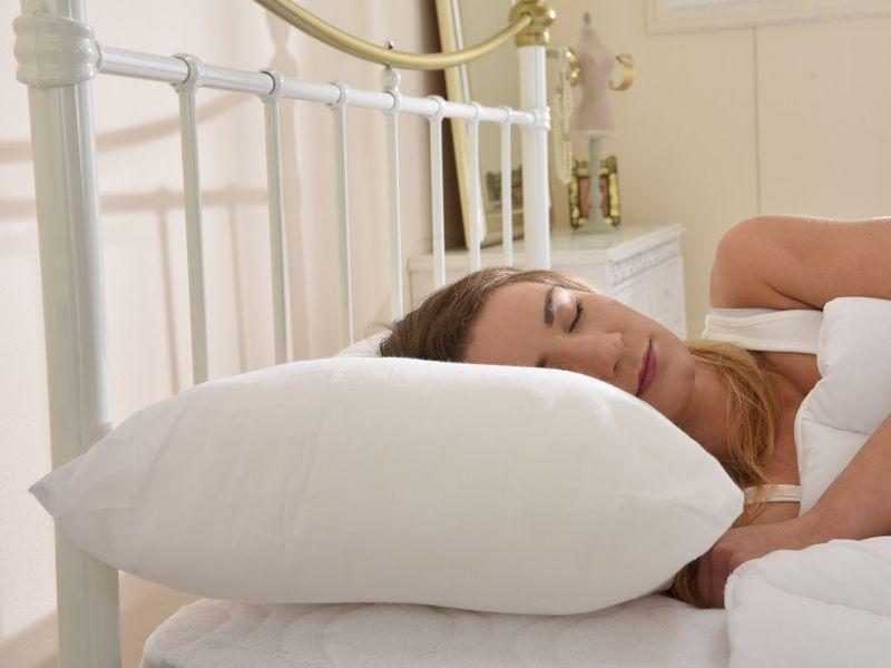 5 Star Ultra Bounce Back Medium Support Pillow - Pair