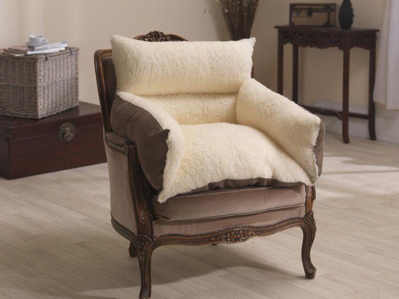 Reversible Fleece and Suede Chair Nest