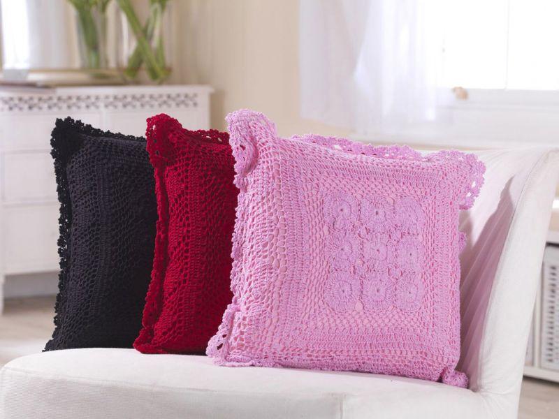 Crochet Knit Cushion with Inner Pad | 40cm x 40cm