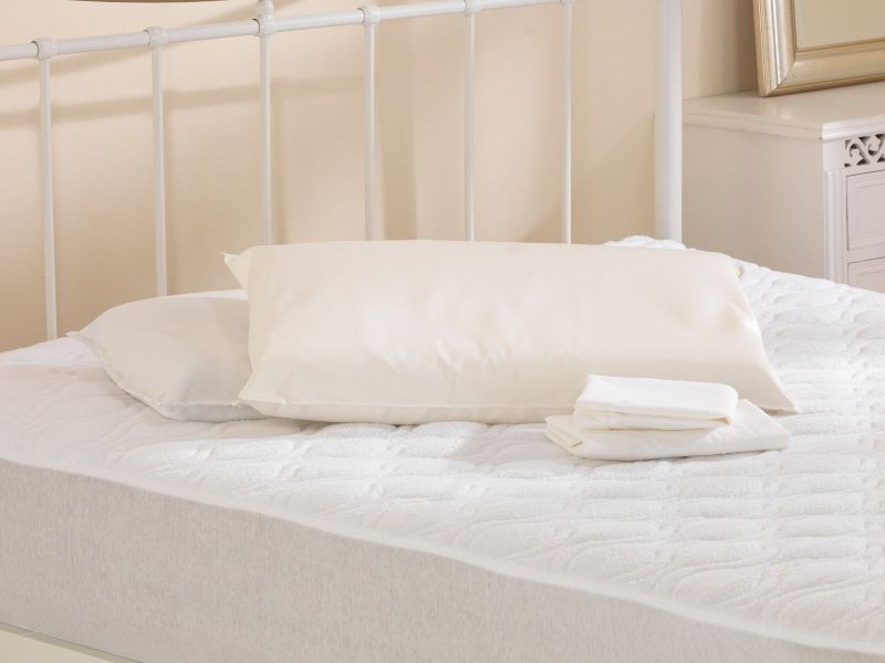 Natural Soft Contoured Latex Pillow with Air flow Channels