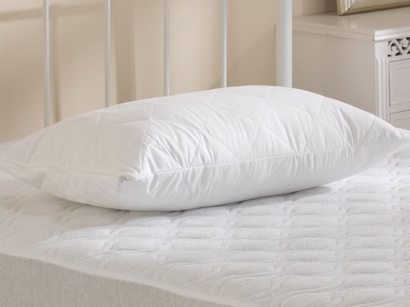 Factory Seconds - 100% Cotton Quilted Pillow Protector With Zip